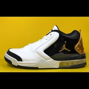 Air Jordan Big Fund Premium Men's Basketball Shoes